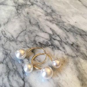 Jewelry - NEW Open Pearl Minimalist Ring Adjustable